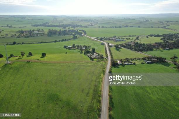 thiele highway. kapunda. barossa valley. south australia. - barossa valley stock pictures, royalty-free photos & images