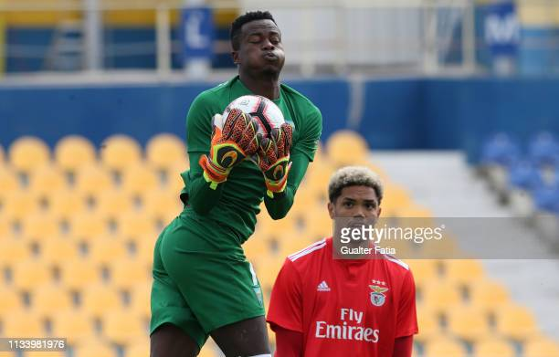 Thierry Graça of GD Estoril Praia with Pedro Henrique of SL Benfica B in action during the Ledman Liga Pro match between GD Estoril Praia and SL...