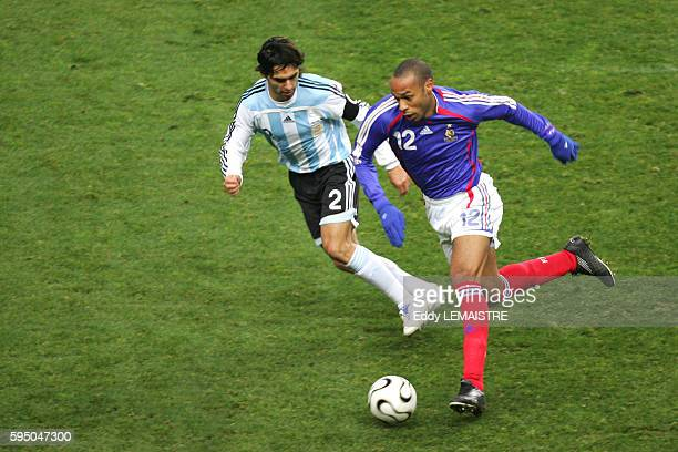 Thierry Henry and Roberto Ayala during the international friendly soccer match between France and Argentina