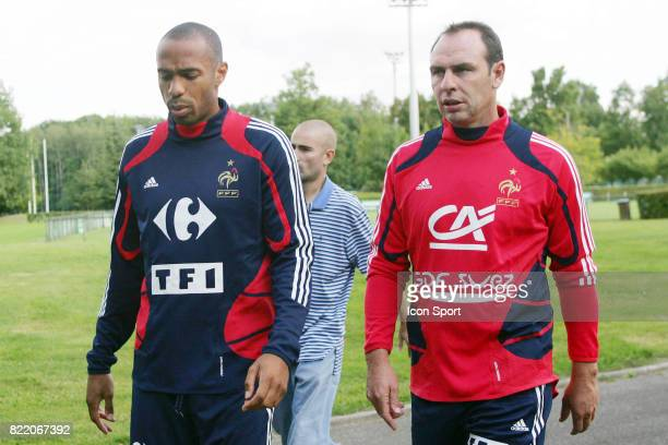 Thierry HENRY et Alain BOGHOSSIAN Preparation de l equipe de France a Clairefontaine Eliminatoires Coupe du Monde 2010