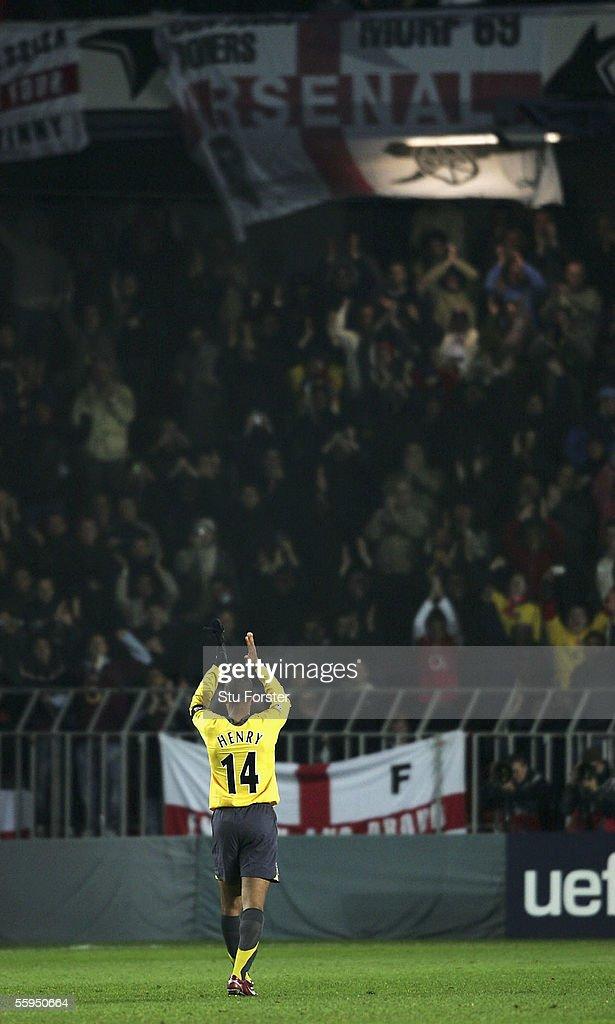 Sparta Prague v Arsenal : News Photo