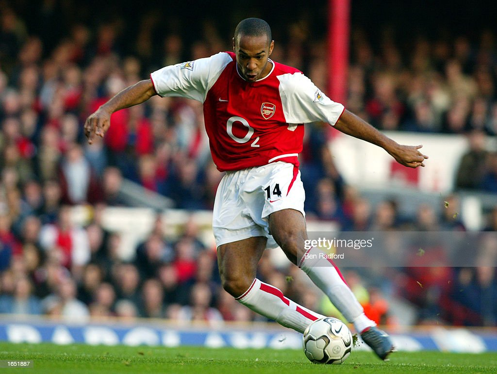 Thierry Henry of Arsenal : News Photo
