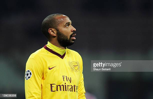 Thierry Henry of Arsenal looks on during the UEFA Champions League round of 16 first leg match between AC Milan and Arsenal at Stadio Giuseppe Meazza...
