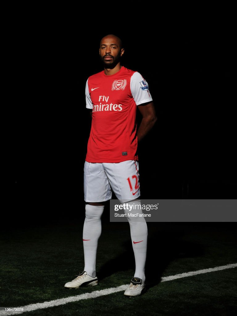 Thierry Henry Signs on Loan For Arsenal FC : News Photo