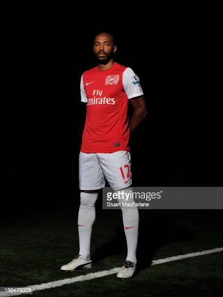 Thierry Henry of the New York Red Bulls signs on loan for Arsenal at London Colney on January 5, 2012 in St Albans, England.