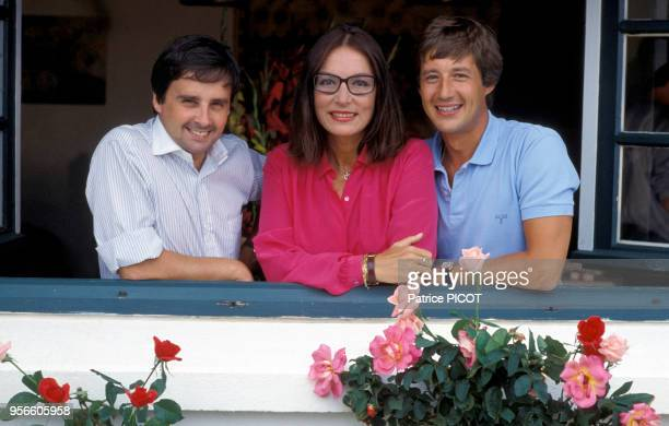 Thierry Le Luron Nana Mouskouri et Patrick Sabatier le 10 aout 1982 France