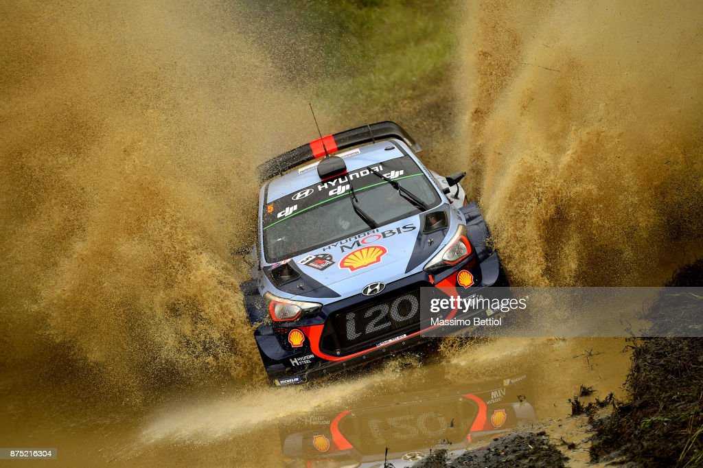 Thierry Neuville of Belgium and Nicolas Gilsoul of Belgium compete in their Hyundai Motorsport WRT Hyundai i20 coupe WRC during Day One of the WRC Australia on November 17, 2017 in COFFS HARBOUR, Australia.