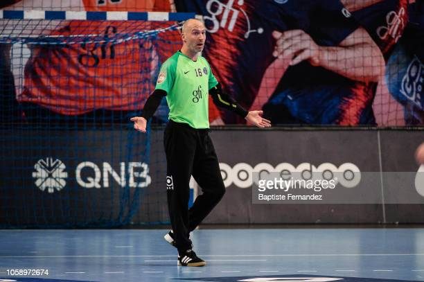 Thierry Omeyer of Paris Saint Germain reacts during the Lidl Starligue match between Paris Saint Germain and Pays d'Aix Universite Club at Stade...