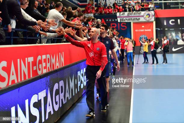 Thierry Omeyer of PSG salutes the fans on his birthday after his side wins the Lidl Star Ligue match between Paris Saint Germain and Dunkerque at...