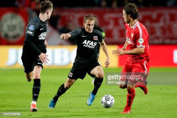 Thijs Oosting of AZ during the Dutch Eredivisie match between FC Twente and AZ at De Grolsch Veste on September 23, 2021 in Enschede, Netherlands