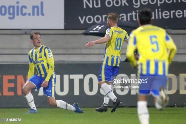 Thijs Oosting of RKC Waalwijk celebrates 2-0 with Richard van der Venne of RKC Waalwijk during the Dutch Eredivisie match between RKC Waalwijk v FC...