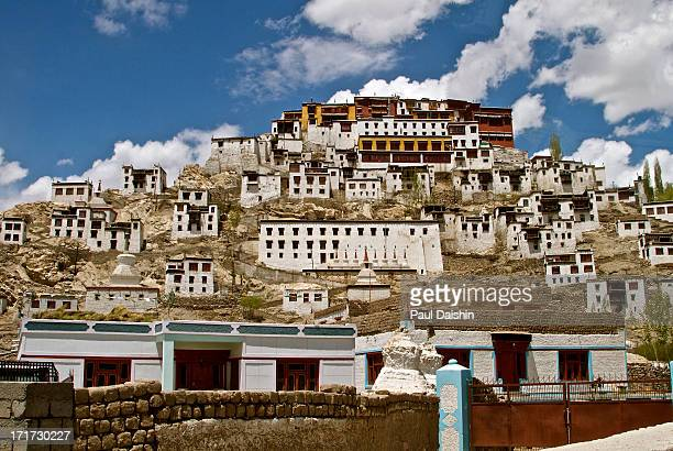 CONTENT] Thikse Gompa or Thikse Monastery It is noted for its resemblance to the Potala Palace in Lhasa Tibet and is the largest gompa in central...