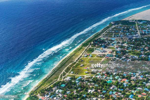 thinadhoo, maldives - atoll stock pictures, royalty-free photos & images