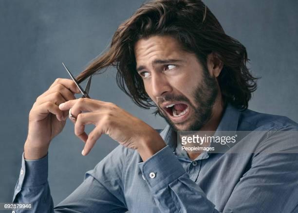 le cose stanno per diventare pelose - capelli lunghi foto e immagini stock