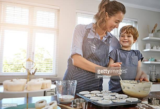 Penso que deveríamos fazer doces mais frequentemente mãe