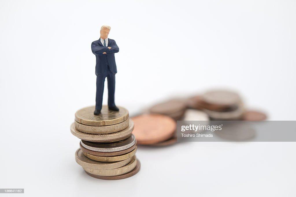 Thinking man on euro pound yen : Stock Photo