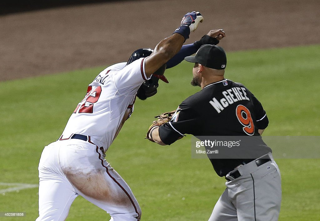 Miami Marlins v Atlanta Braves : News Photo
