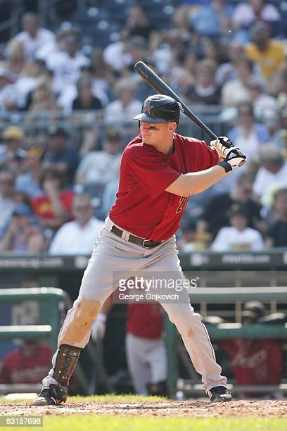 Third baseman Geoff Blum of the Houston Astros bats against the Pittsburgh Pirates at PNC Park on September 21 2008 in Pittsburgh Pennsylvania The...