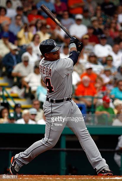 Third baseman Miguel Cabrera of the Detroit Tigers fouls off a pitch against the Pittsburgh Pirates during the Grapefruit League Spring Training game...