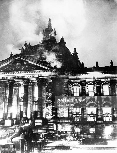 Third Reich The burning Reichstag building on the night from February 27 to 28 1933 Also available in color Image Number 622565