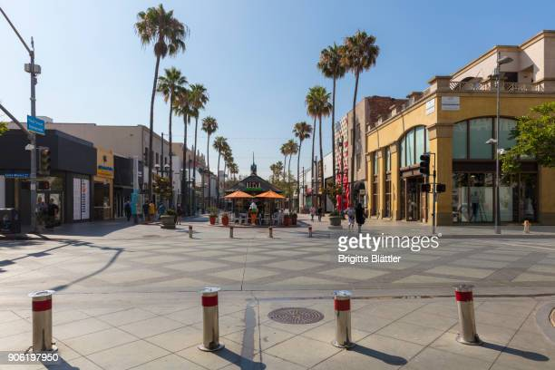 third street promenade in santa monica - santa monica stock pictures, royalty-free photos & images
