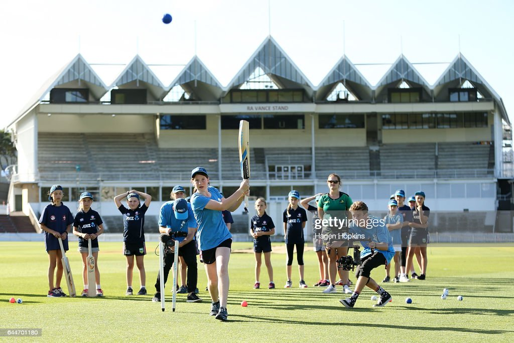 Thirteen-year-old Erin Buckland who is 'flying the flag' for females in cricket bats during the ANZ Dream Deliveries programme at Basin Reserve on February 23, 2017 in Wellington, New Zealand.