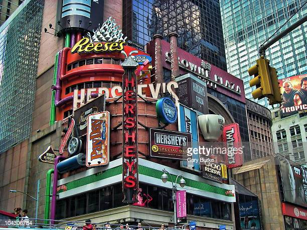 This 215ft tall 60ft wide store facade is the largest permanent fixture ever constructed in Times Square Featuring 34 dimensional props four steam...