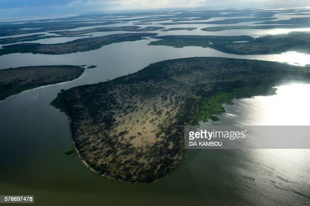 This aerial picture taken on July 16 2016 shows the Lake Chad in the Bol region around 200km from the Chad capital city of N'Djamena / AFP PHOTO /...