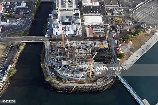 """This aerial picture taken on March 16, 2010 shows the """"pointe saint-Simon in the city of Fort-de-France on the French island of La Martinique, in the..."""
