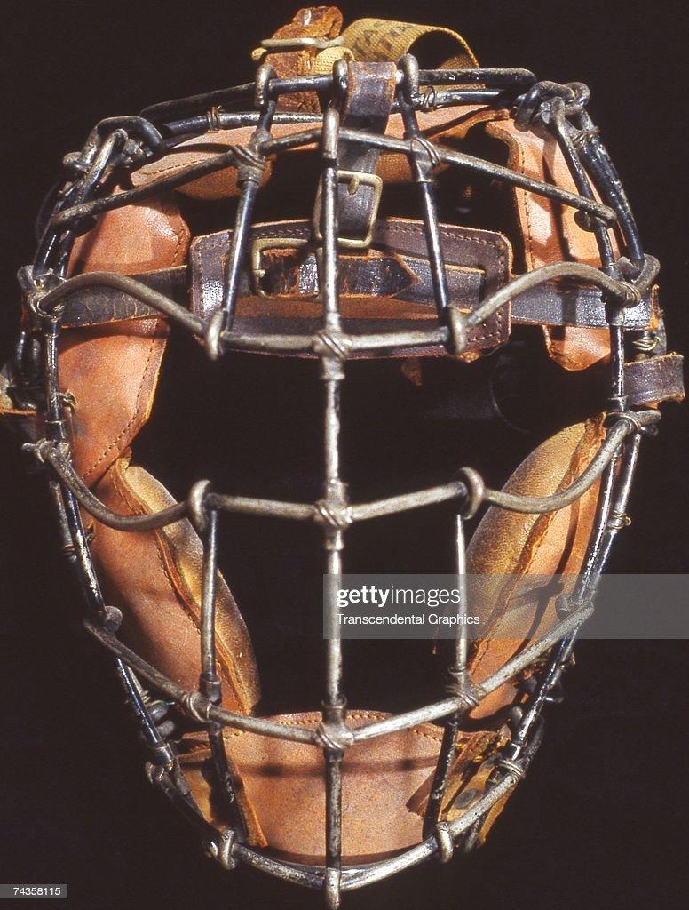 Catchers Mask 1891 : News Photo