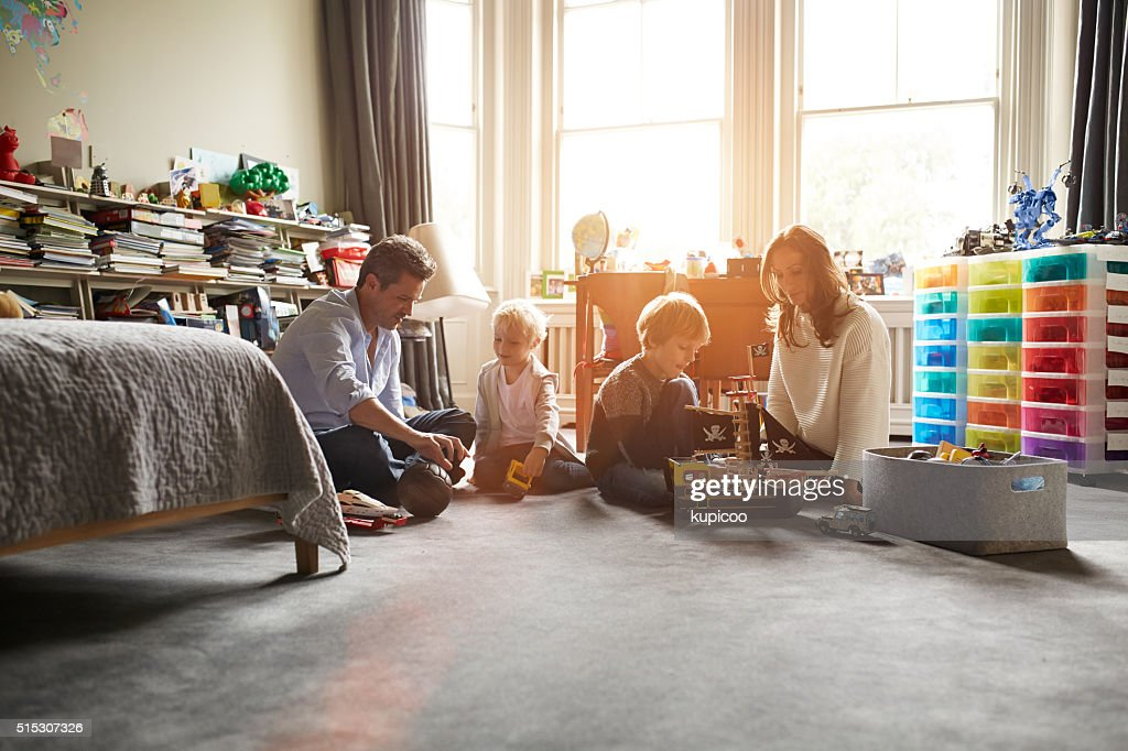Essa família adora o tempo juntos : Foto de stock