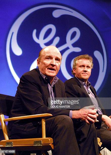 This file photo dated 27 november 2000 shows former General Electric Chairman and CEO Jack Welch and ChairmanElect Jeffrey Immelt answering questions...