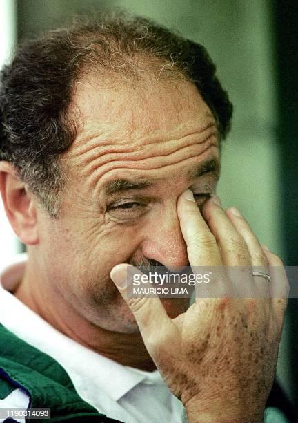 This file photo taken 03 April 2000 shows Luiz Felipe Scolari coach of the Brazilian soccer team Cruzeiro de Belo Hozizonte during a press conference...