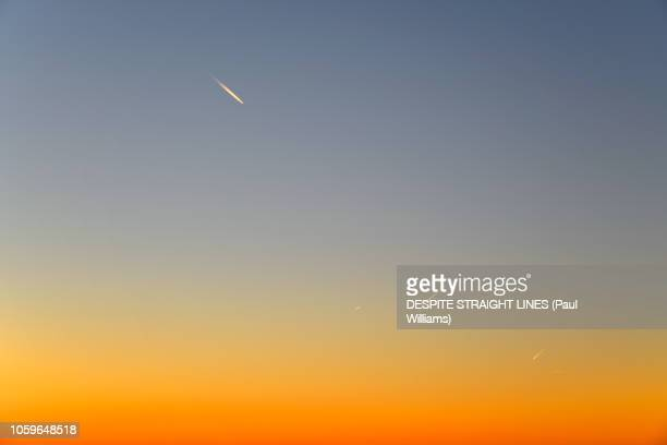 this flight tonight - golden hour stock pictures, royalty-free photos & images