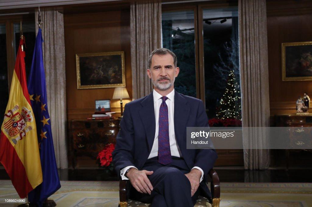 King Felipe of Spain Delivers His Christmas Speech : Nachrichtenfoto