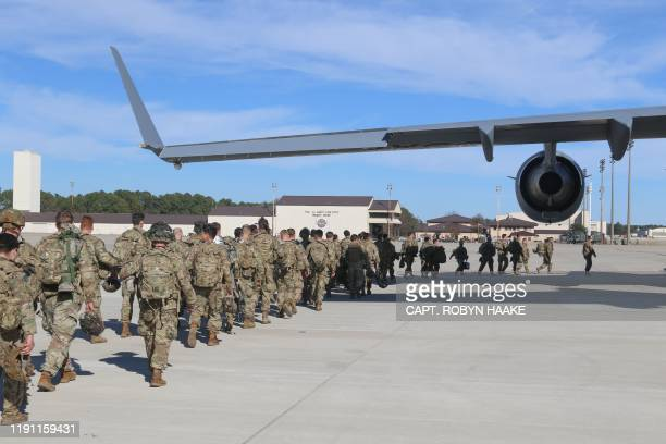 This handout picture released by the US Army shows paratroopers assigned to the 2nd Battalion, 504th Parachute Infantry Regiment, 1st Brigade Combat...
