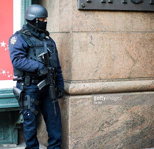 CONTENT] This is image of NYPD ESU K9 Highway Division and Counter Terrorism Unit jointly conducting a highvisibility terrorism deterrent operation...