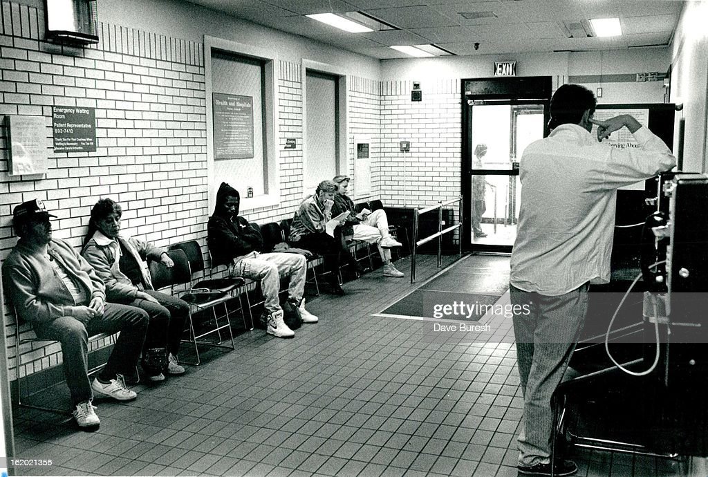 DEC 26 1989; This is the closest thing to a waiting room at the ...