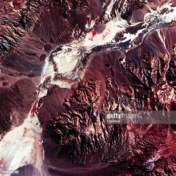 This is the first full scene produced from the Tematic Mapper on Landsat4 to show a vegetationsparse terrain dominated by landforms and other...
