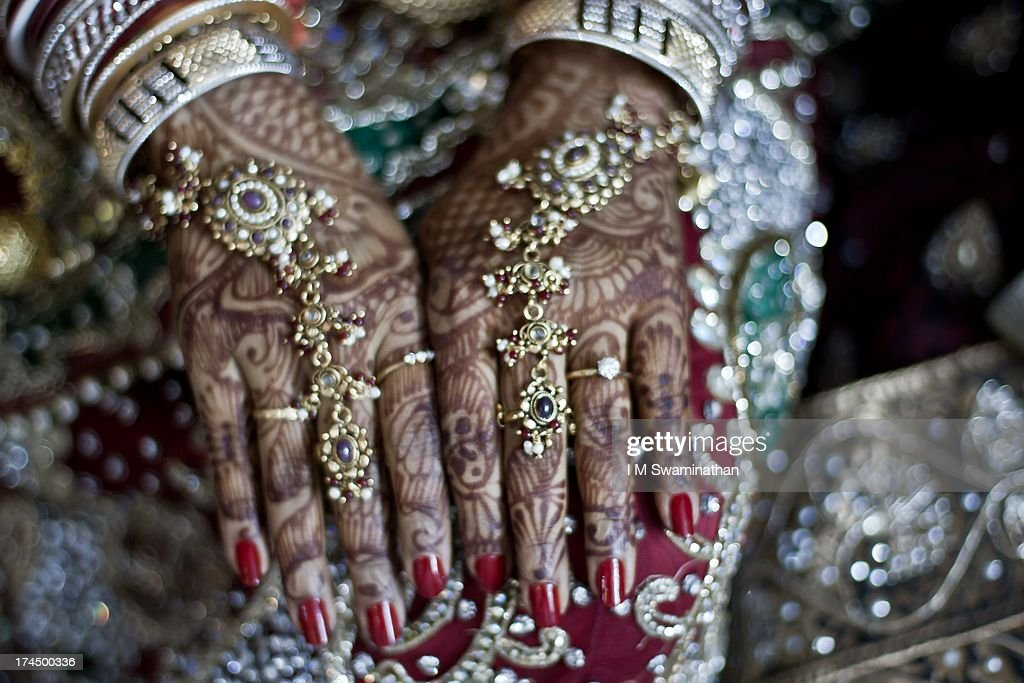 Bridal Mehndi : News Photo