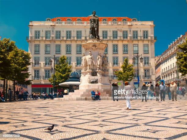 CONTENT] This is the Luiz de Camoes square a portuguese writer of XVI century and one of the famous in the Portuguese literature It is possible to...