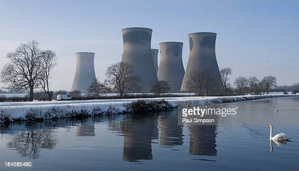 CONTENT] This is Thorpe Marsh power station in South Yorkshire UK These towers are now long gone demolished in 2012 This is in the village of Barnby...