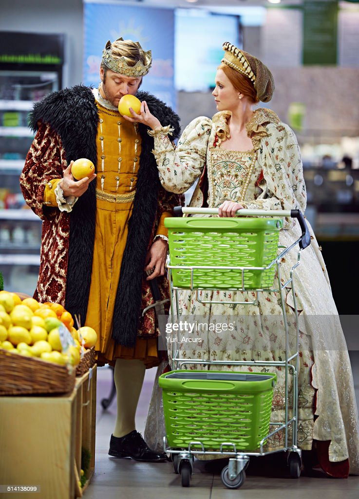 This is why one has servants to do the shopping.... : Stock Photo