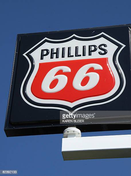 Phillips 66 Gas Station Stock Photos And Pictures Getty Images