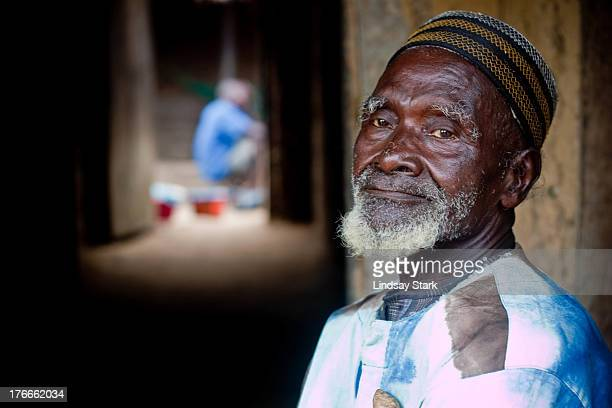 CONTENT] This man is a traditional herbalist in Sierra Leone He befriended one of our local researchers who has been living in the village...
