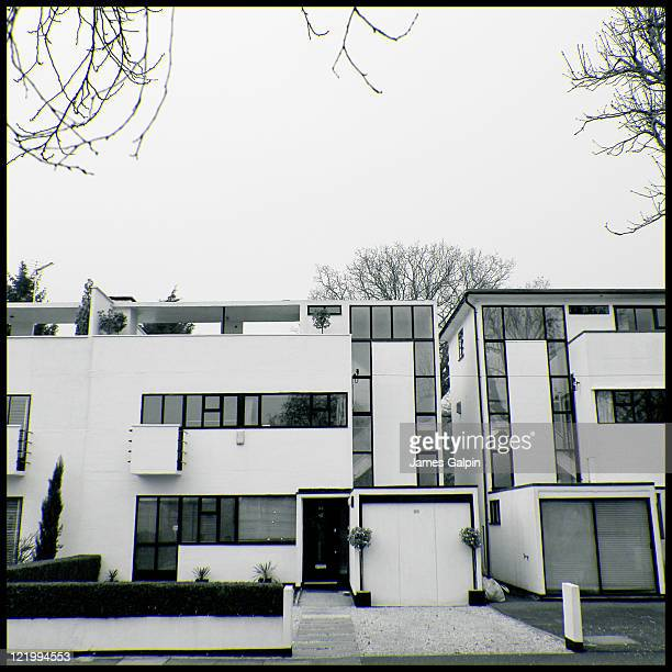This modernist masterpiece lay hidden to me while growing up around Middlesex. I have now returned as the architect for my old secondary school and...