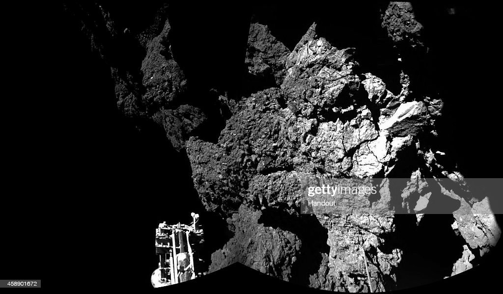 ESA Attempts To Land Probe On Comet : News Photo