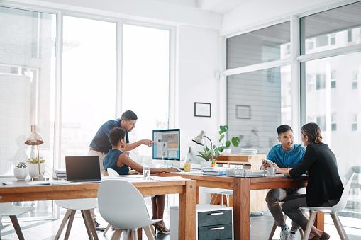 This office runs on teamwork 1135564511