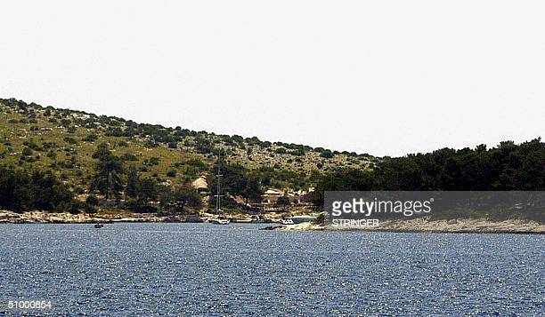 This partial view taken in June 2004 shows the Croatian island of Palmizana with its beautiful bays and unspoiled nature which is part of the Pakleni...