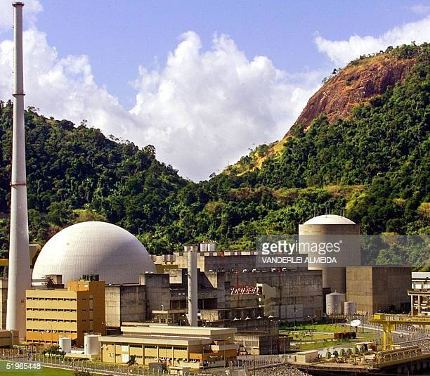 This photo shows the Angra 2 nuclear power plant 11 May 2000 in Itaorna about 180 kilometers from Rio de Janeiro Vista externa de la usina nuclear...